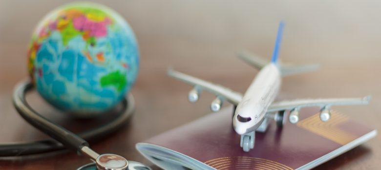 Para qué sirve la cobertura de repatriación en los seguros de decesos