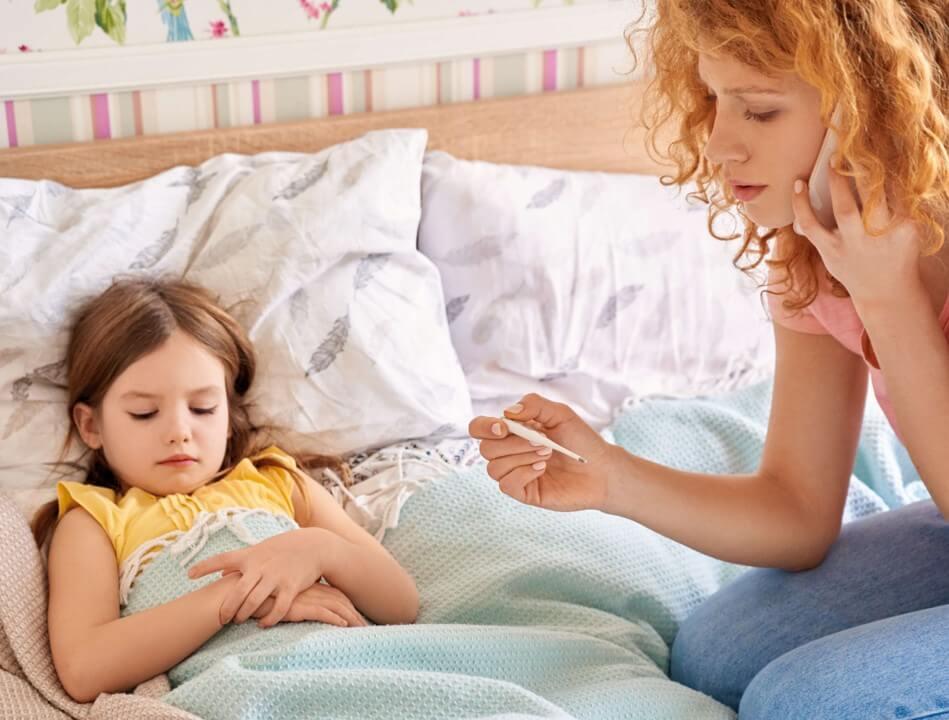 Consulta médica telefónica para cuando tus hijos enferman