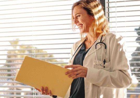 ¿Tienes que ir al hospital en el extranjero? Te ayudamos