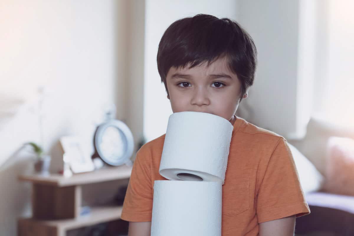 Cómo cortar la diarrea en bebés y niños