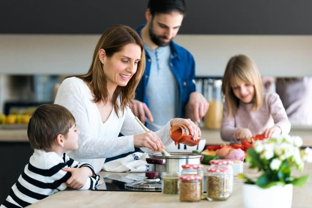 Cómo preparar un menú semanal saludable para toda la familia