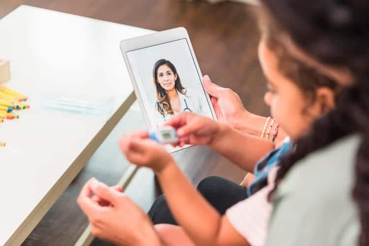 Consulta médica online: ventajas y cuándo es adecuada
