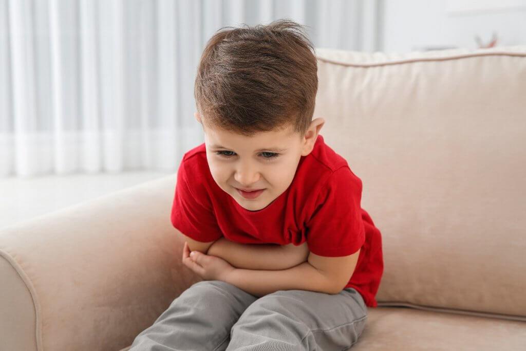 Cómo aliviar el dolor de barriga en niños